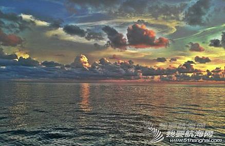 澳大利亚,太平洋,度假村,英文,启航 清早启航,海水叶轮损坏,各种坏,疲惫不堪的3口人扬帆告别陆地。