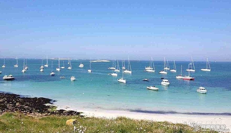 魔鬼训练,训练营,小伙子,法国 周末东风队训练营的小伙子们到法国东部的Glénan岛上放松