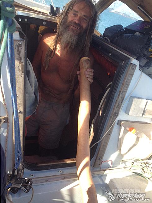 太平洋,法语名字,比利时,救济金,流浪汉 记一个海上浪人:他的妻子20多年来,时而会陪伴他航行一段。生活够怪。