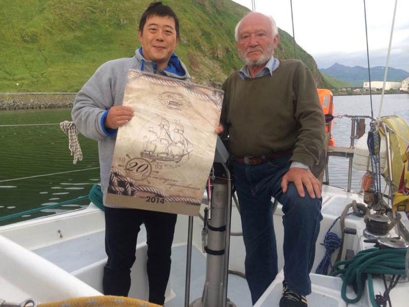 高民团队遇到了两位73岁和64岁帆船环球的俄罗斯老人 72210