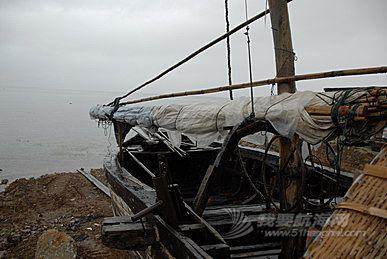 滇船记 5---洱海现存最大的那种传统帆船,长度约15米.