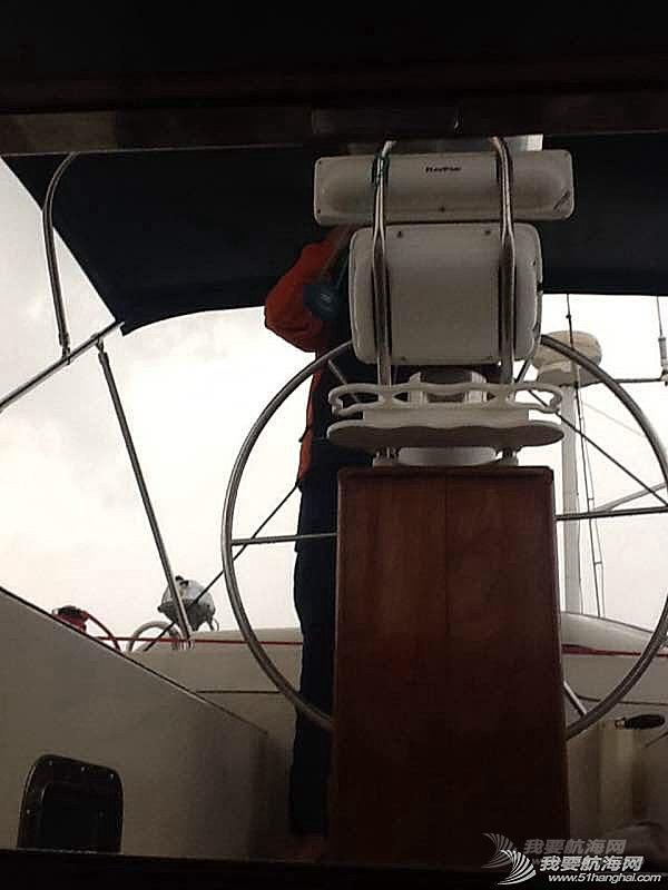 航行在马尔马拉海突遇暴雨夹冰雹