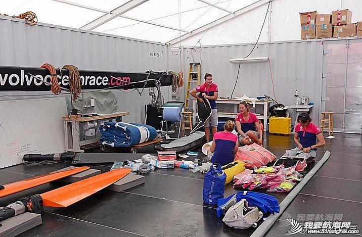 沃尔沃,阿布扎比,波斯湾,竞争力,萨曼莎 沃尔沃帆船赛爱生雅号帆船上的姑娘们努力寻找提升能力的最佳方案