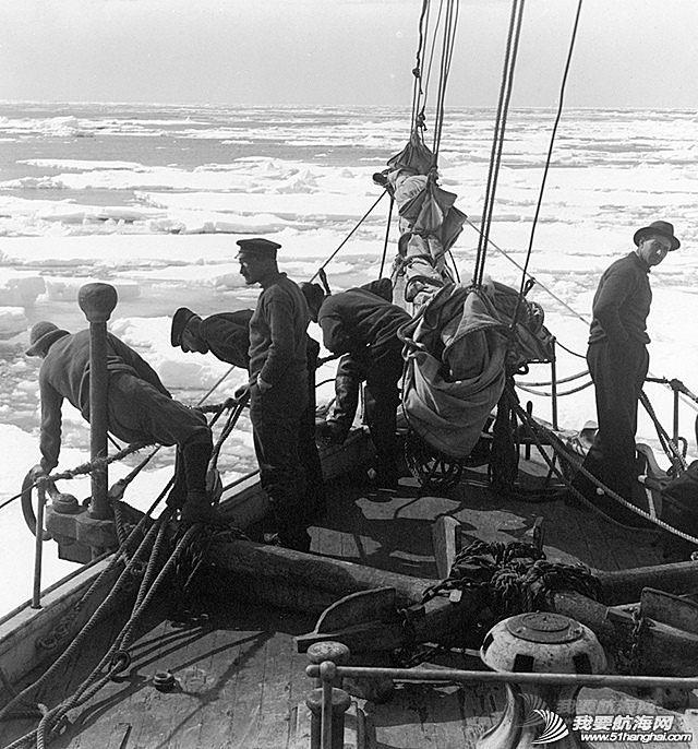 极端天气,航海,生存者,探险者,书籍 给大家推荐一本航海书籍:不是因为有希望才要坚持,而是坚持就一定有希望.