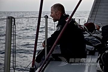 马六甲海峡,斯里兰卡,沃尔沃,阿布扎比,天气 沃尔沃环球帆船赛第三赛段航行过半,各船队竞争激烈,东风队突发器材问题。