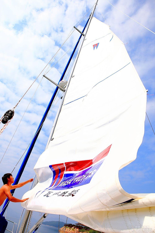 浙江日报,帆船 2015年4月10日《浙江日报》帆船旅游:向海而生的自由