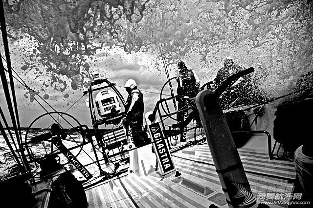 北京时间,西班牙,沃尔沃,阿布扎比,当地时间 【视频】2014-2015沃尔沃帆船赛七支船队,九个月环球航行全程精彩回顾