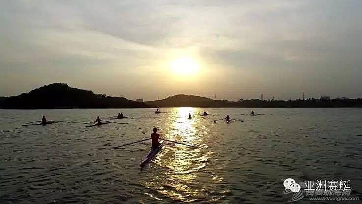 人到中年,啤酒肚,自行车,转折点,广东 赛艇,给40岁崭新开始