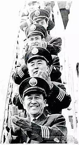 """华盛顿州,太平洋,中国国旗,美国国旗,海上运输 细说""""习大大""""访美时讲的""""柳林海""""轮故事"""
