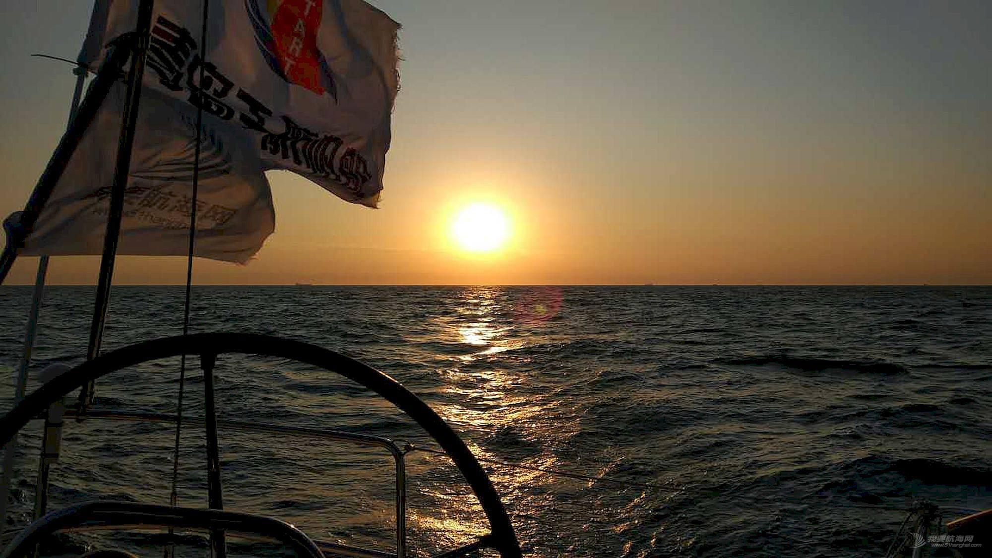 向着太阳升起的地方出发:记第一次跨国远航-千航帆船