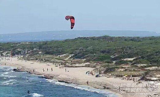 世界上十个最香艳的裸体海滩