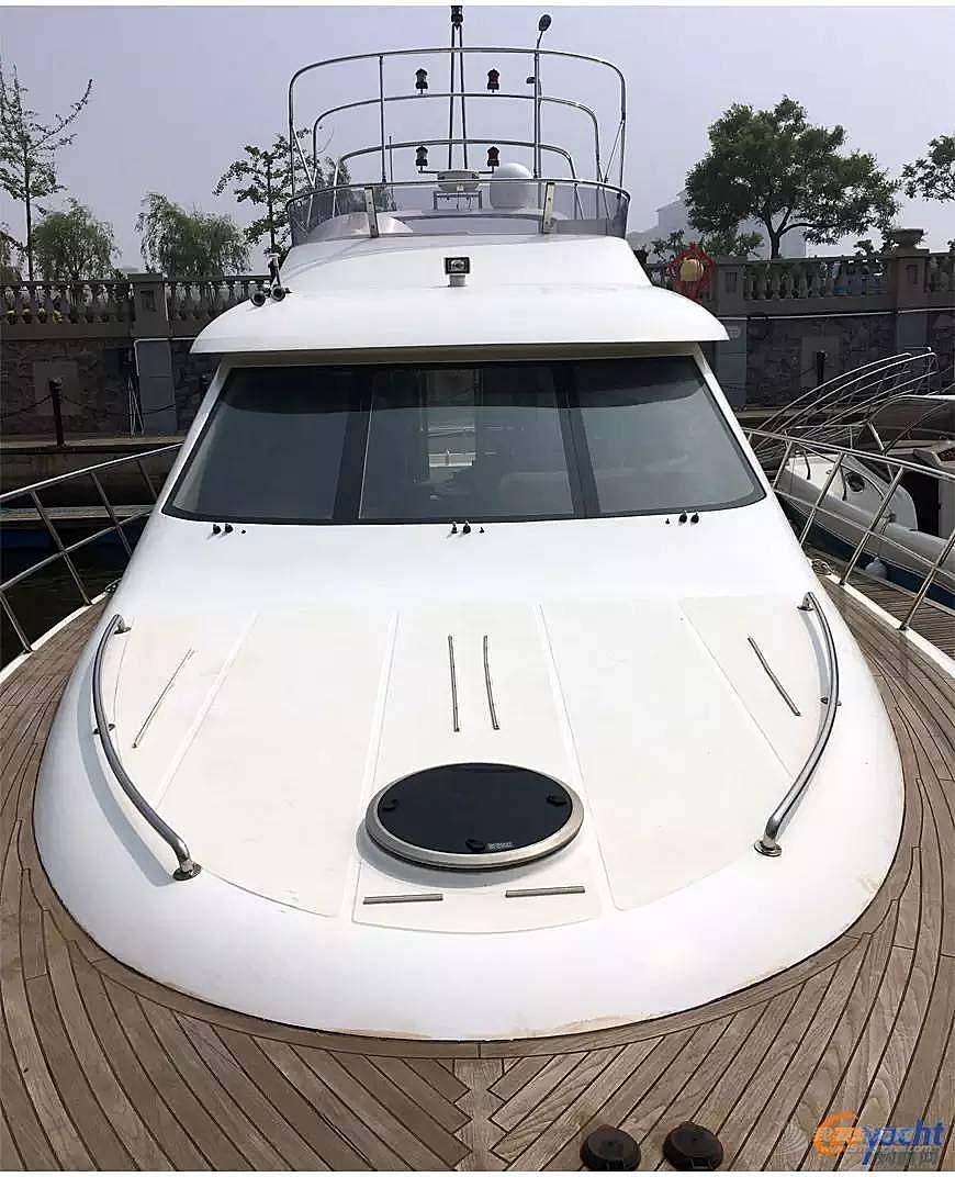 二手游艇|Sunbird 58尺豪华动力飞桥艇200万转售