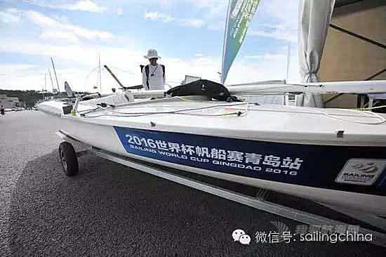 """世界杯帆船赛开赛 浮山湾秒变""""竞技场"""""""