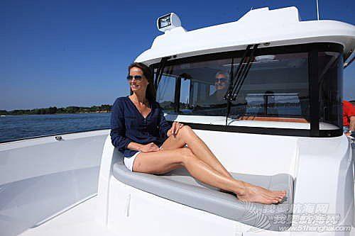 工作台,专利技术,巴拉克,日光浴,爱好者 卓越的钓鱼艇——博纳多巴拉克达8