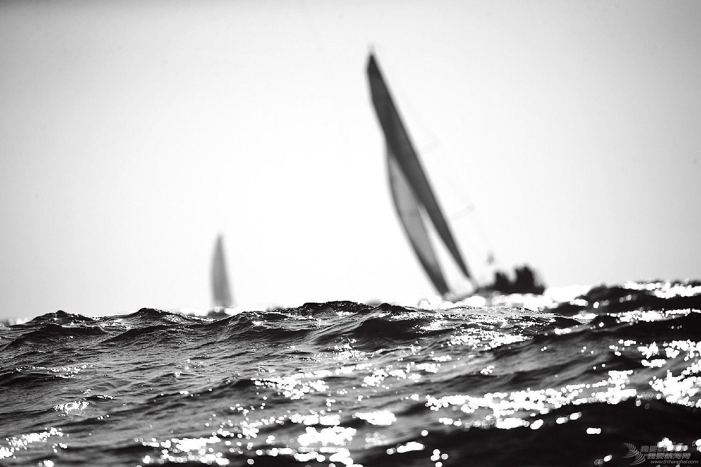 """图片,黄海,帆船,黑白 帆船的世界也可以是黑白的—2016首届""""黄海杯""""帆船赛图片精选"""