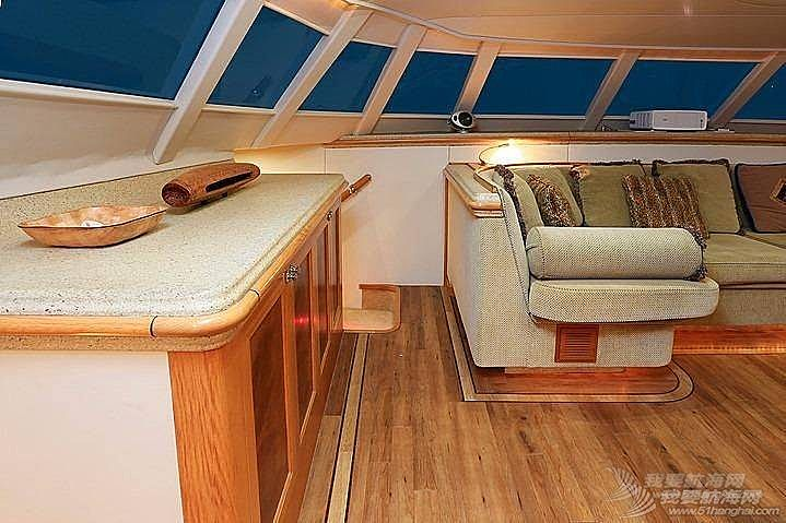 这种双体帆船适合远航吗?