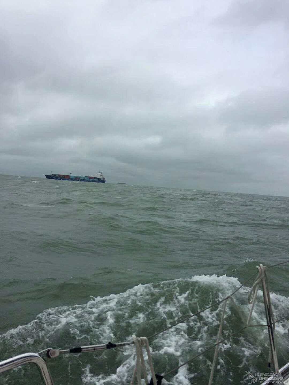在两场台风之间穿越,那一场惊心动魄的冒险!