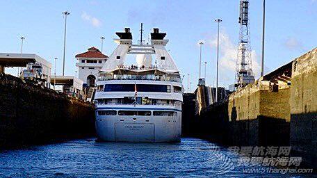 【搭船去环球】一年收两百亿过路费的地儿长啥样