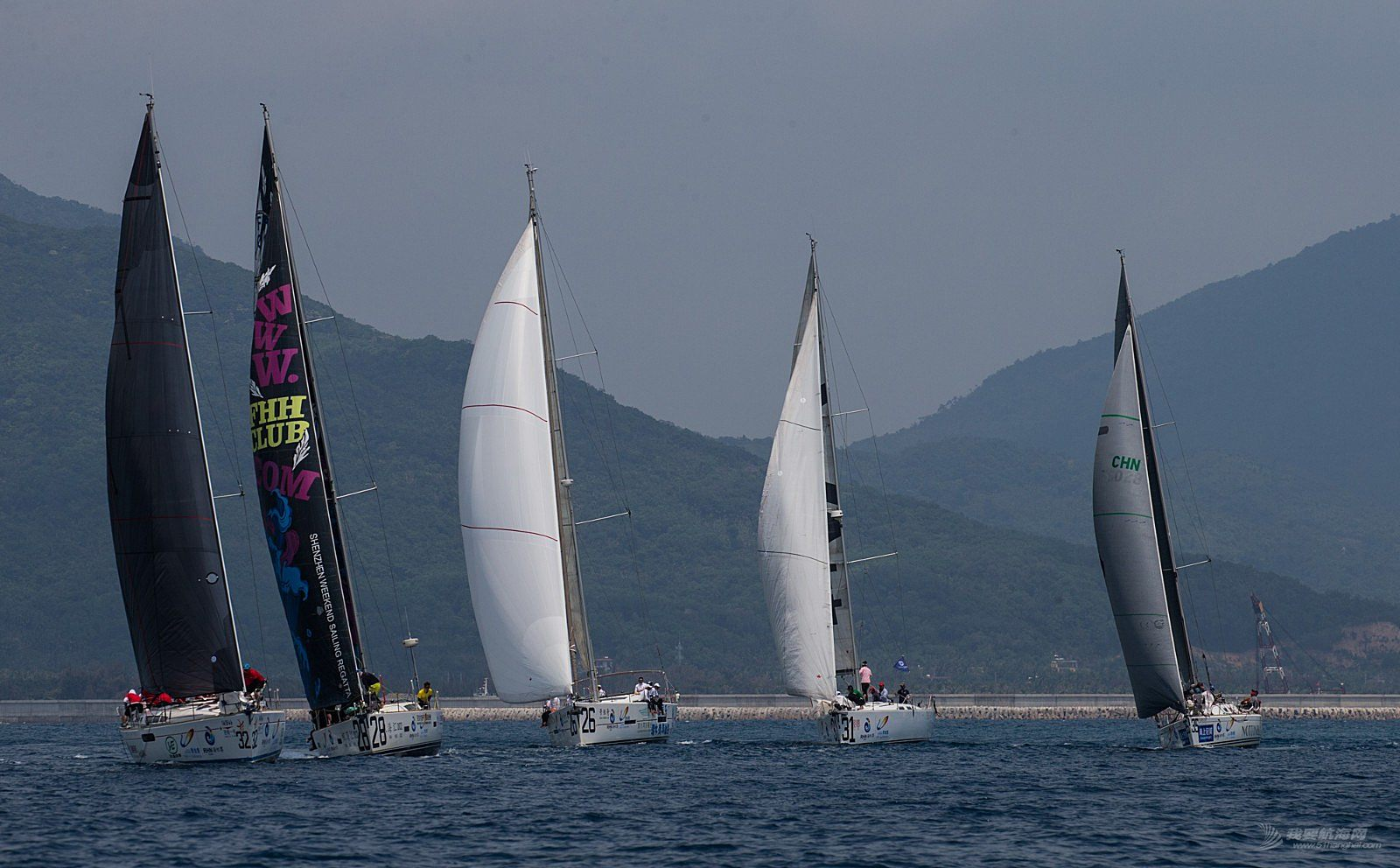 碧桂园杯2018第九届环海南岛国际大帆船赛IRC456组陵水到万宁拉力赛30日场地赛赛事3