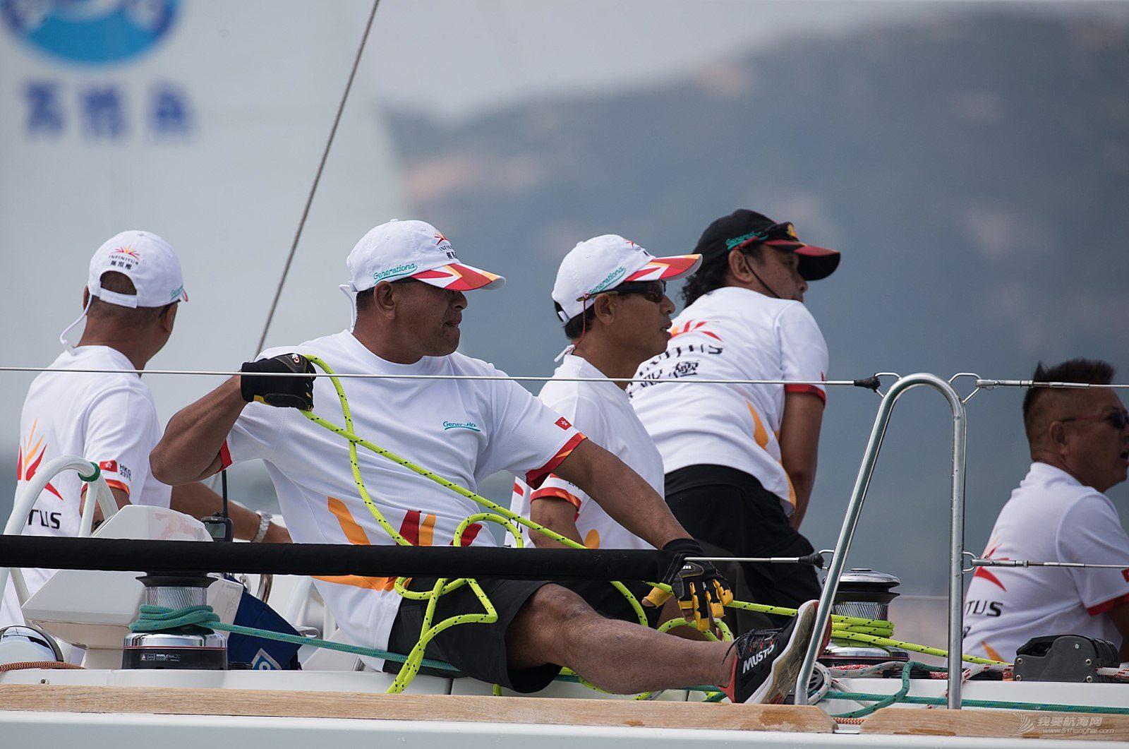 12th中国杯帆船赛场地赛首日:强手混战,卫冕冠军陷入艰难境地