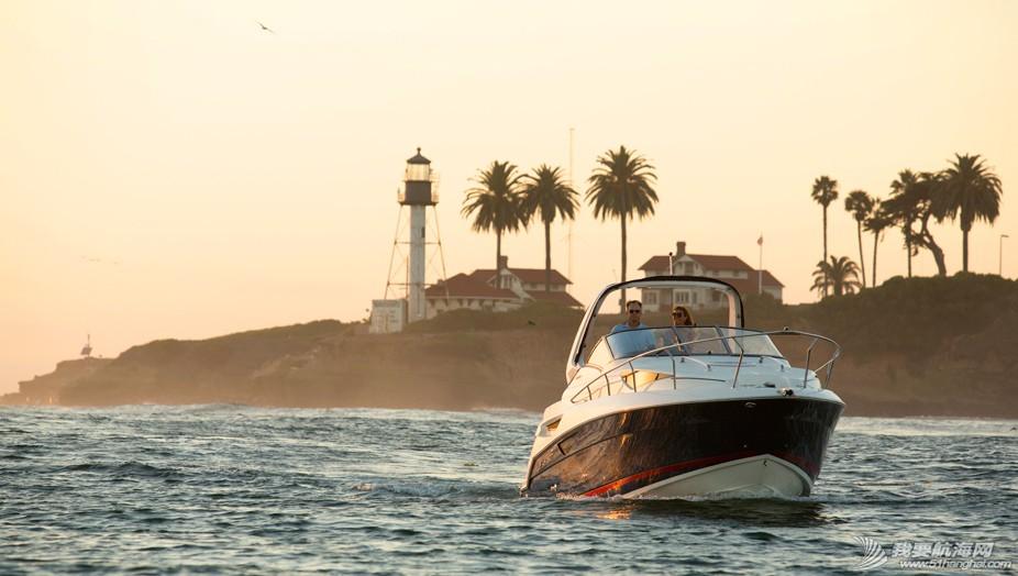 nbsp,尔森,Larson,游艇,客户 全新美国进口游艇LARSON CABRIO 285,现船出售  141027h1brmurr4fu8mofm