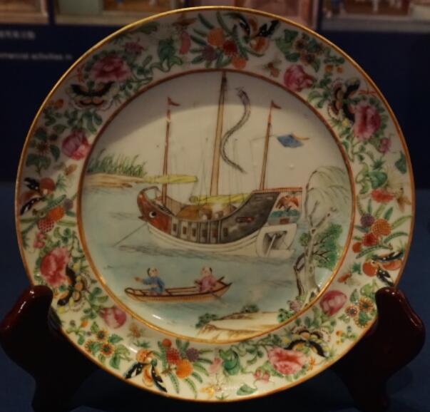帆船,渔船,看到,多为,年青人 国内中式帆船的记录很少,近代的都是渔船或渔船改为运货,真正的货船在附上的博物... 香港海事博物馆收藏瓷器上的中式货船 172126qss44xjyw4wzyh6k