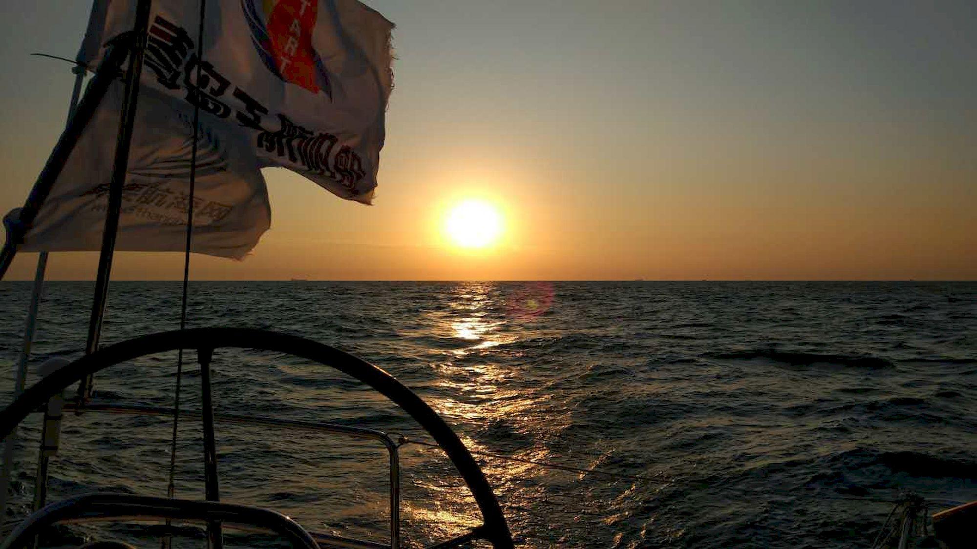 030-IMG_3562_千帆俱乐部我要航海网帆船队-2016威海-仁川国际帆船赛.JPG