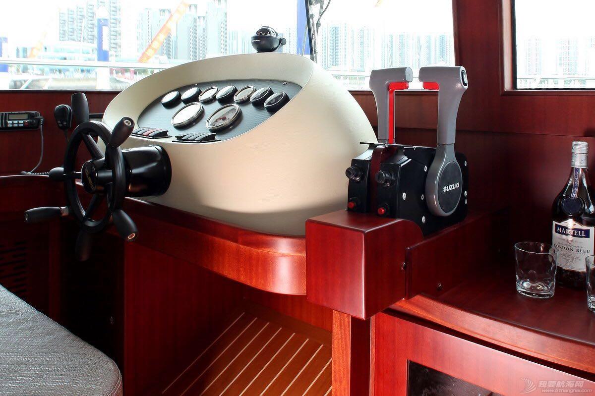 游艇,德莱 希仕德莱38尺双体游艇 驾驶台 120303a6pzbm99pxxwa1fr