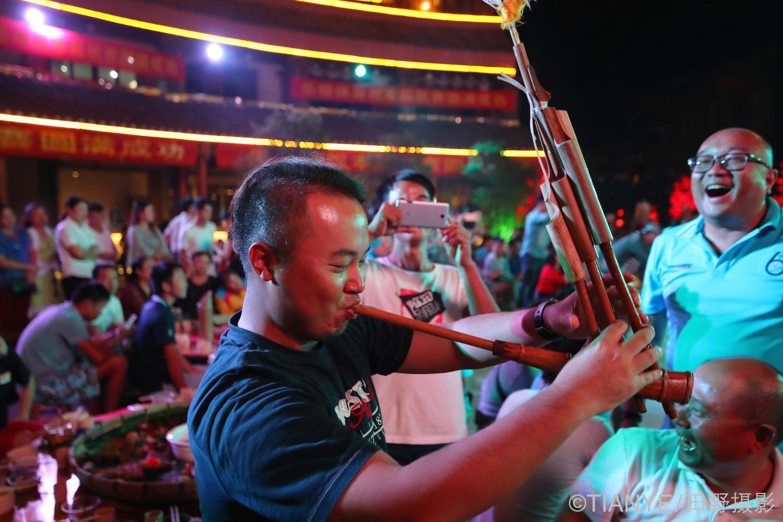 柳州,进入,通过,认识,帆船 灌酒-斗马:别样的2016柳州杯帆国际船赛  014653zydz1d2yyezkv72k