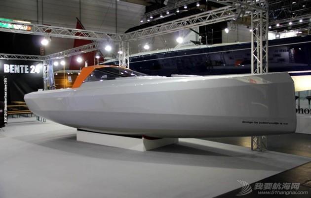 BEN24_starboard_Dusseldorf-Boat-Show.jpg