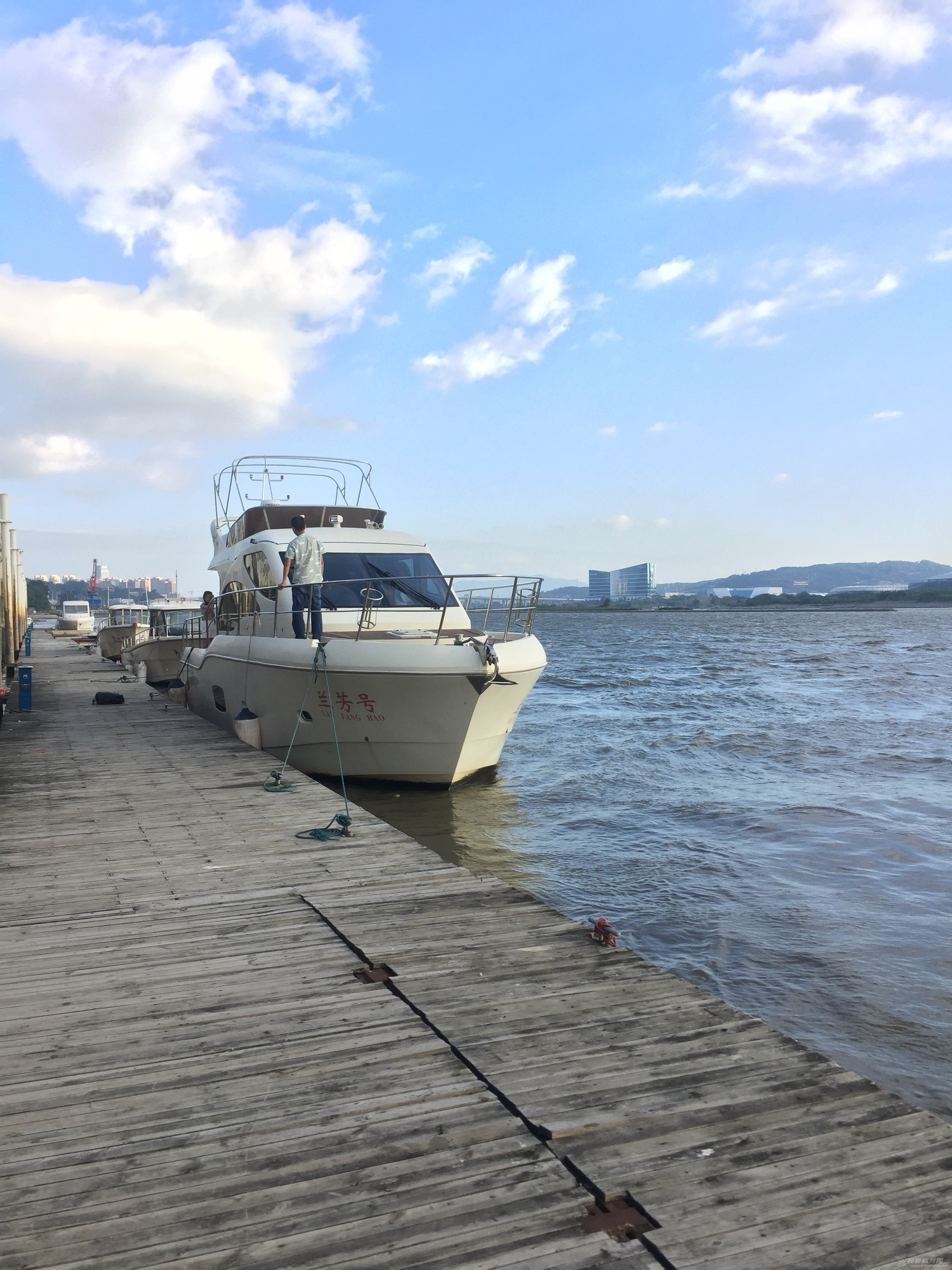 码头,游艇,全新,特价,0000 Wangs 游钓艇 26尺 全新出清  160234pa44sunseivna3ui
