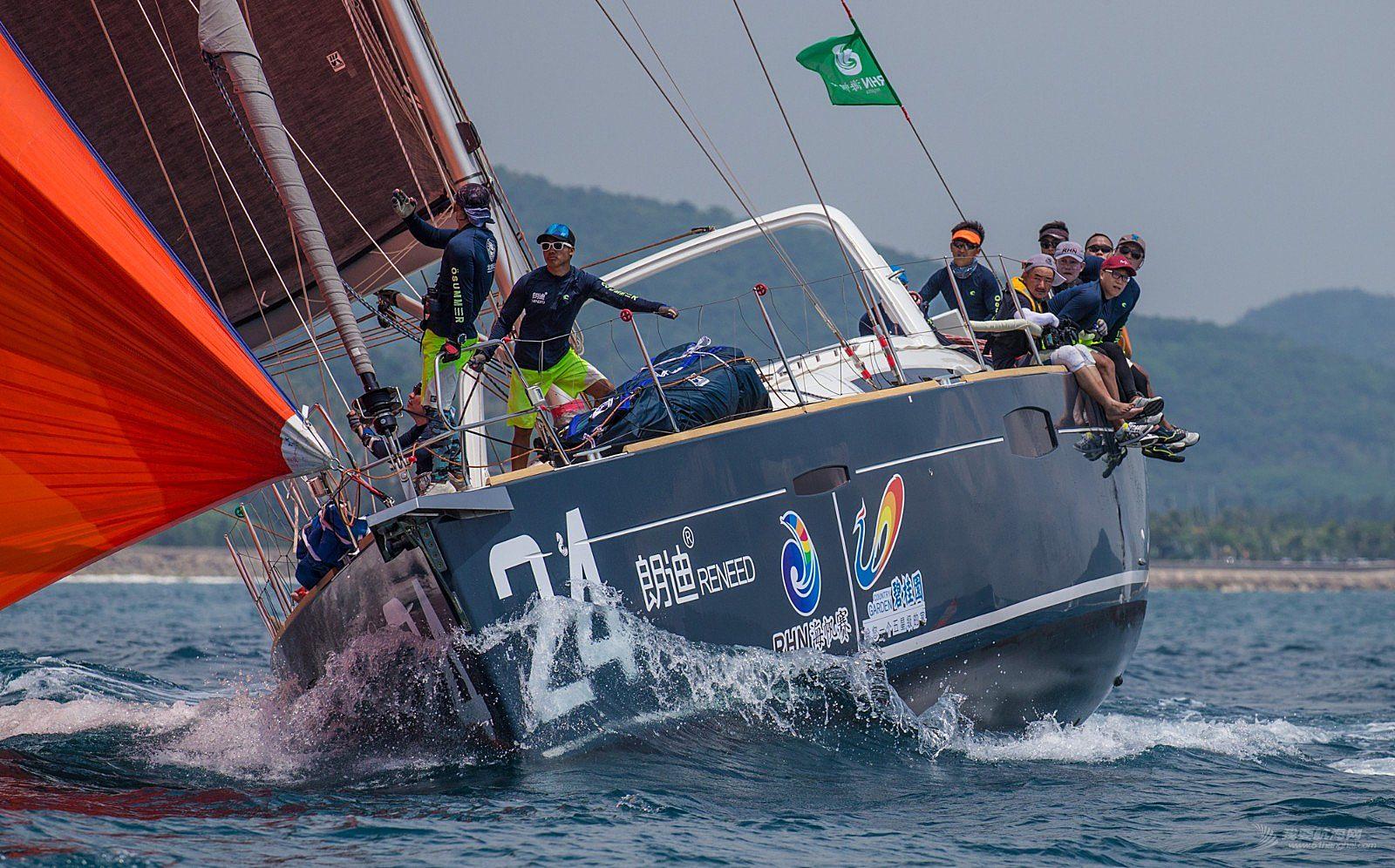 碧桂园杯2018第九届环海南岛国际大帆船赛IRC456组陵水到万宁拉力赛30日场地赛赛事2