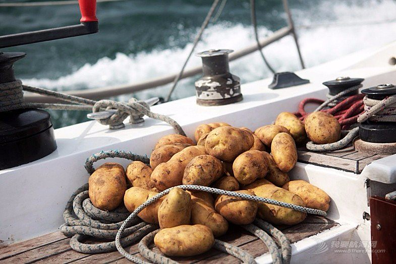 远航时如何为船员准备合适的食品?-干货