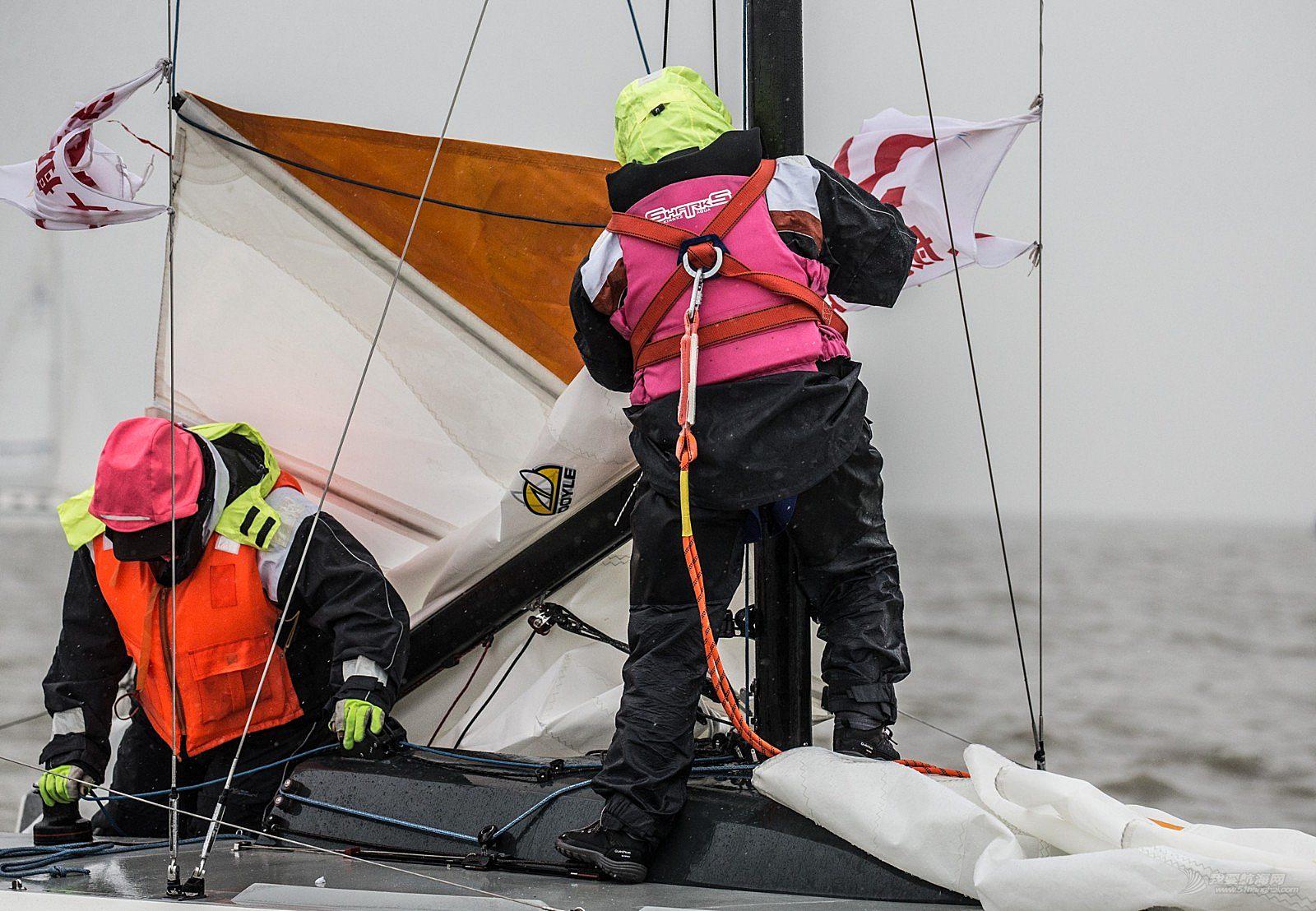 2018环太湖国际帆船拉力赛第三日 湿冷中酣战