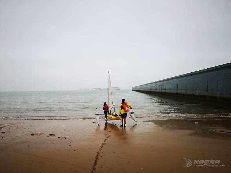 皮艇帆海南下水