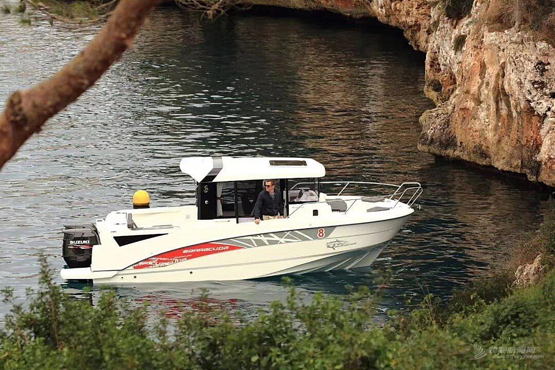 法国博纳多巴拉可达8钓鱼艇特价出售
