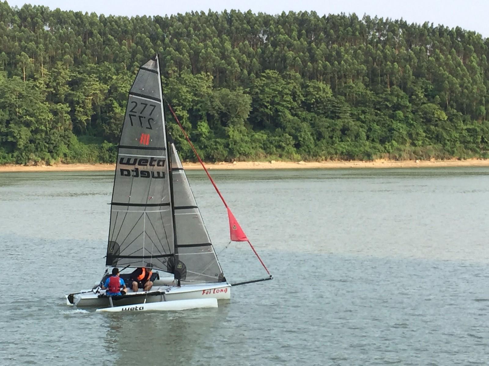 运动型小帆船Hobie 16与 Weta的对比 IPHONEPICUPTO2017-8-311725_看图王.jpg