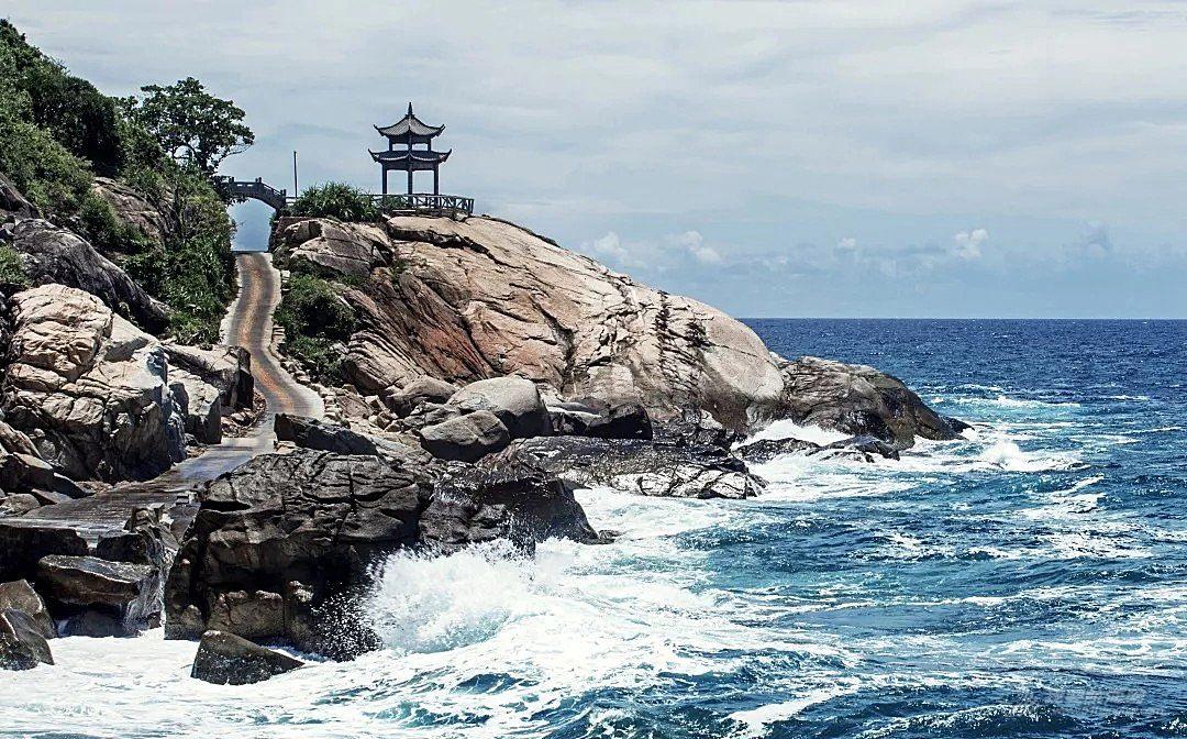 蜈支洲岛冠名第十届海帆赛 携手助力海南自由贸易区(港)建设