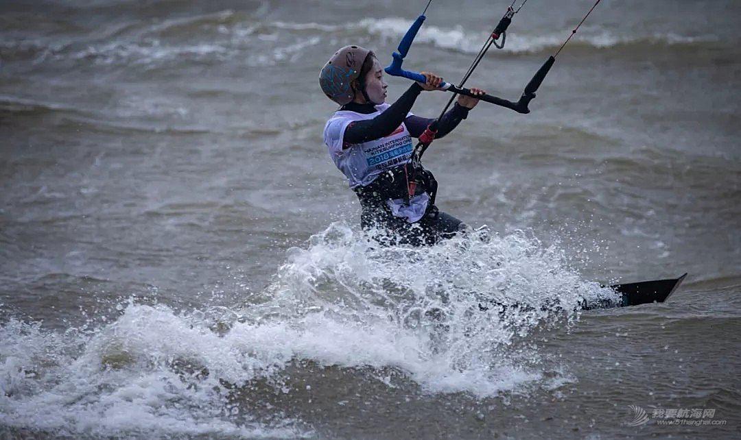 2018海南亲水运动季国际风筝帆板公开赛海口开幕