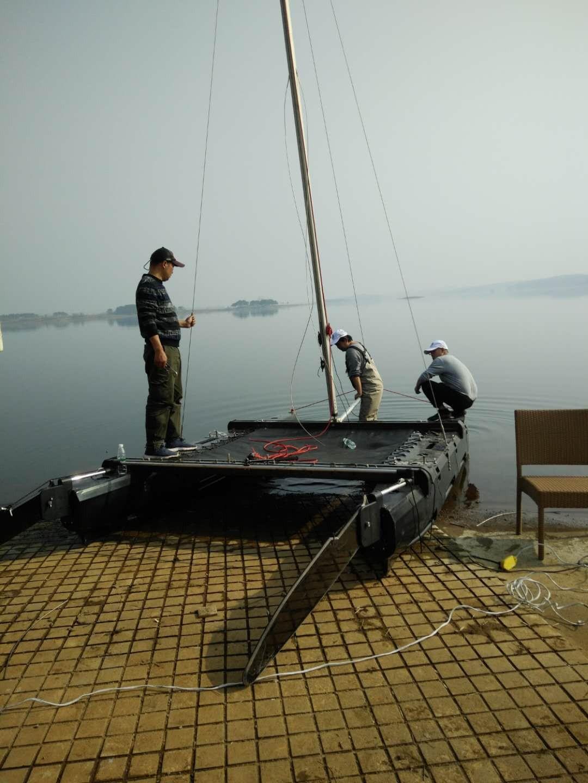 花了几年时间搞的概念船。帆船,钓鱼船机帆两用。 微信图片_20190309075635.jpg