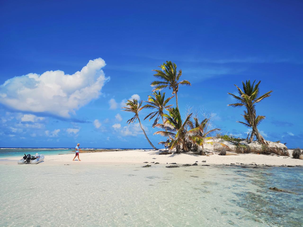 20181101科科斯群岛天堂般的沙滩岛.jpg