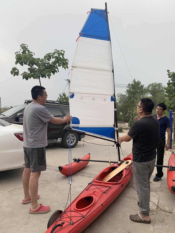 """皮艇改造成三体小帆""""船"""""""