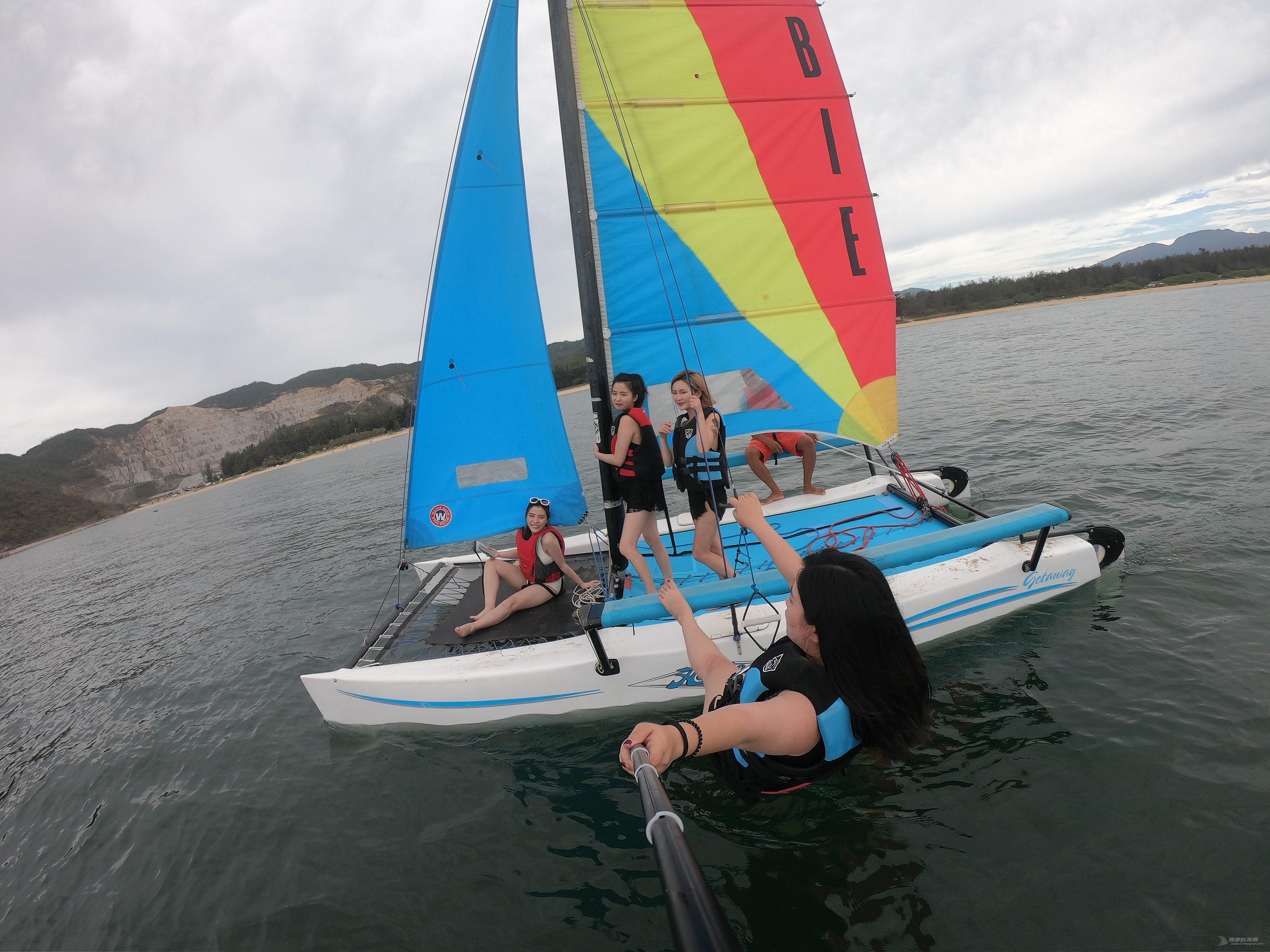 hobie帆船,hobiecat,家庭帆船赛 Hobie getaway出售,无动力双体船出售