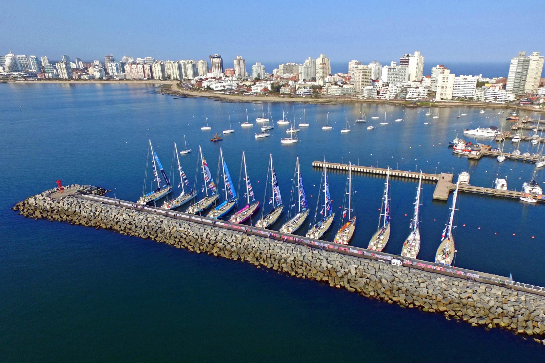 12_boats_in_punta_-_Chango_01451.jpg