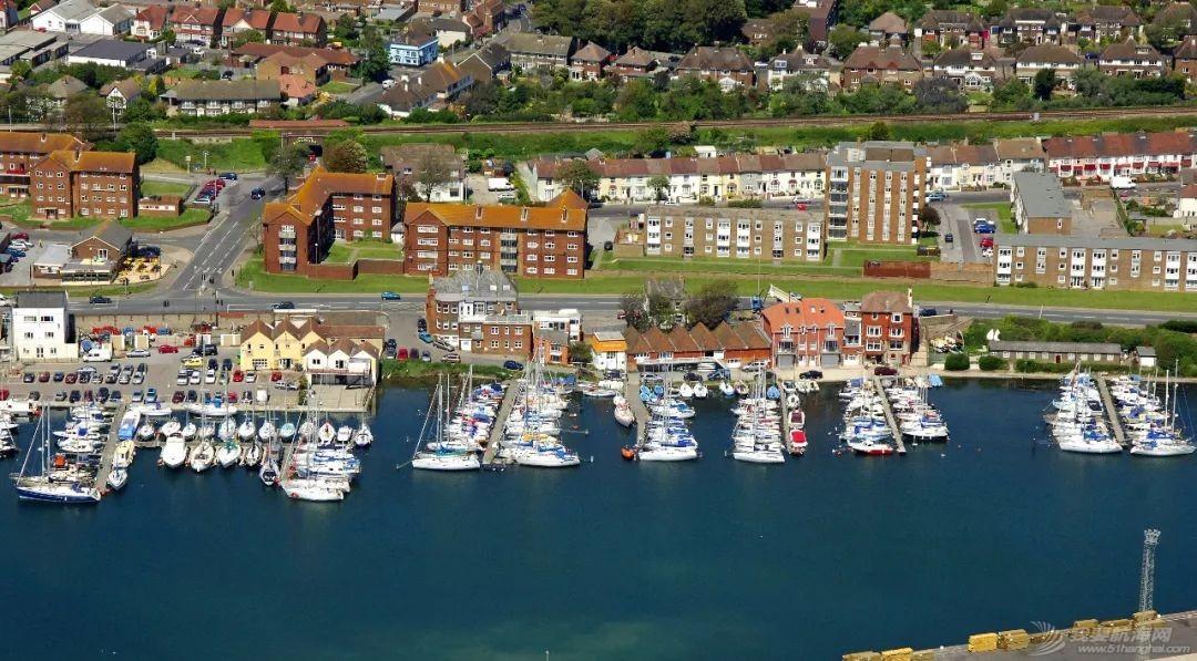 英国游艇码头分布第十篇,布莱顿w6.jpg