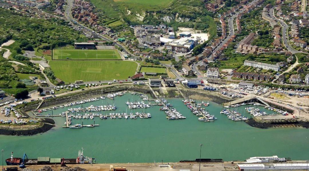 英国游艇码头分布第十篇,布莱顿w9.jpg