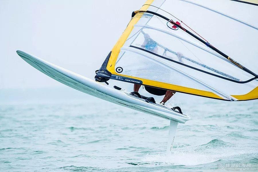 中国帆船帆板队首个征战奥运视频!加油!w15.jpg