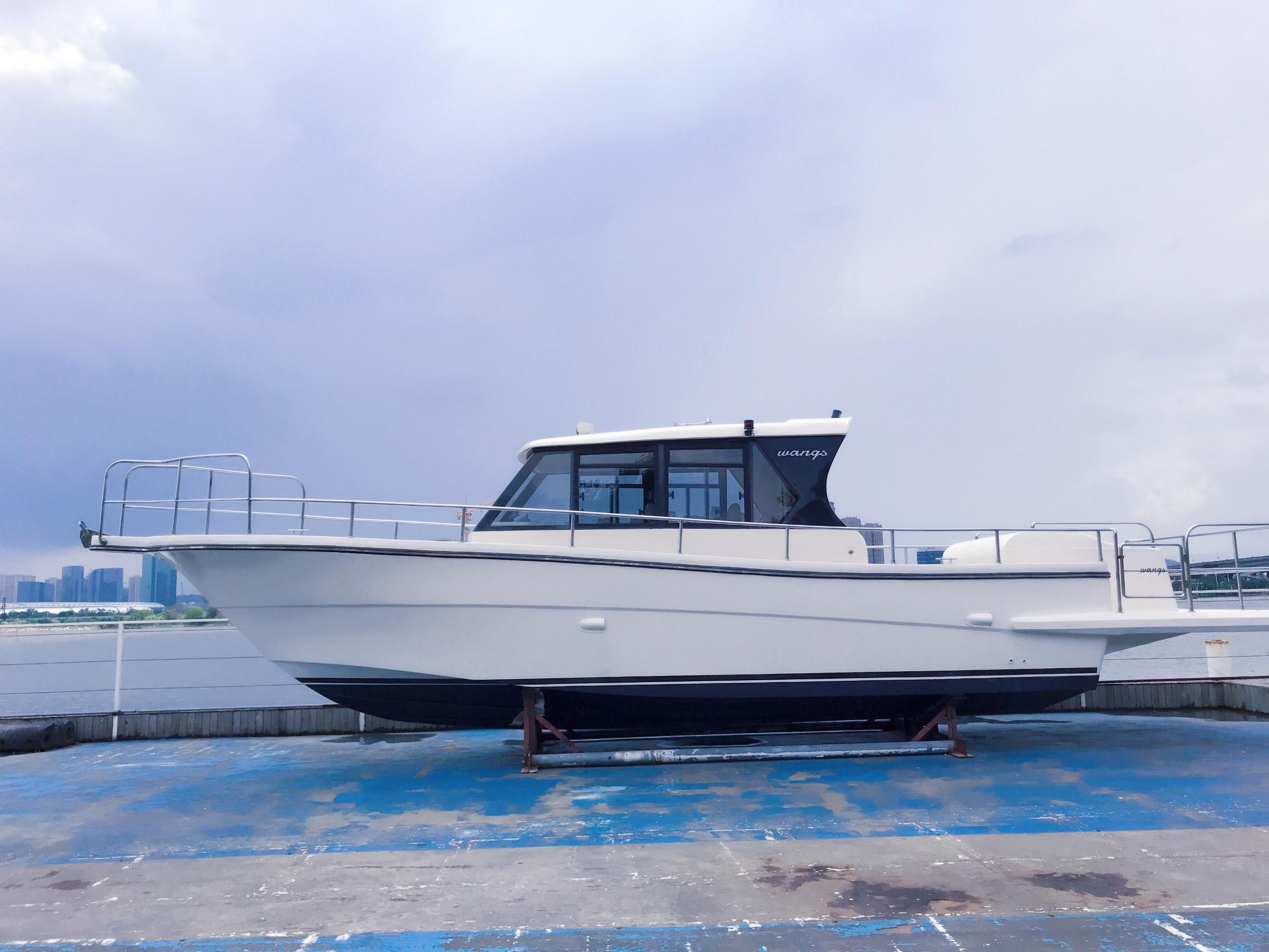 39呎游钓艇,SUZUKI\ 175HP 双机\四冲\液压方向,可选