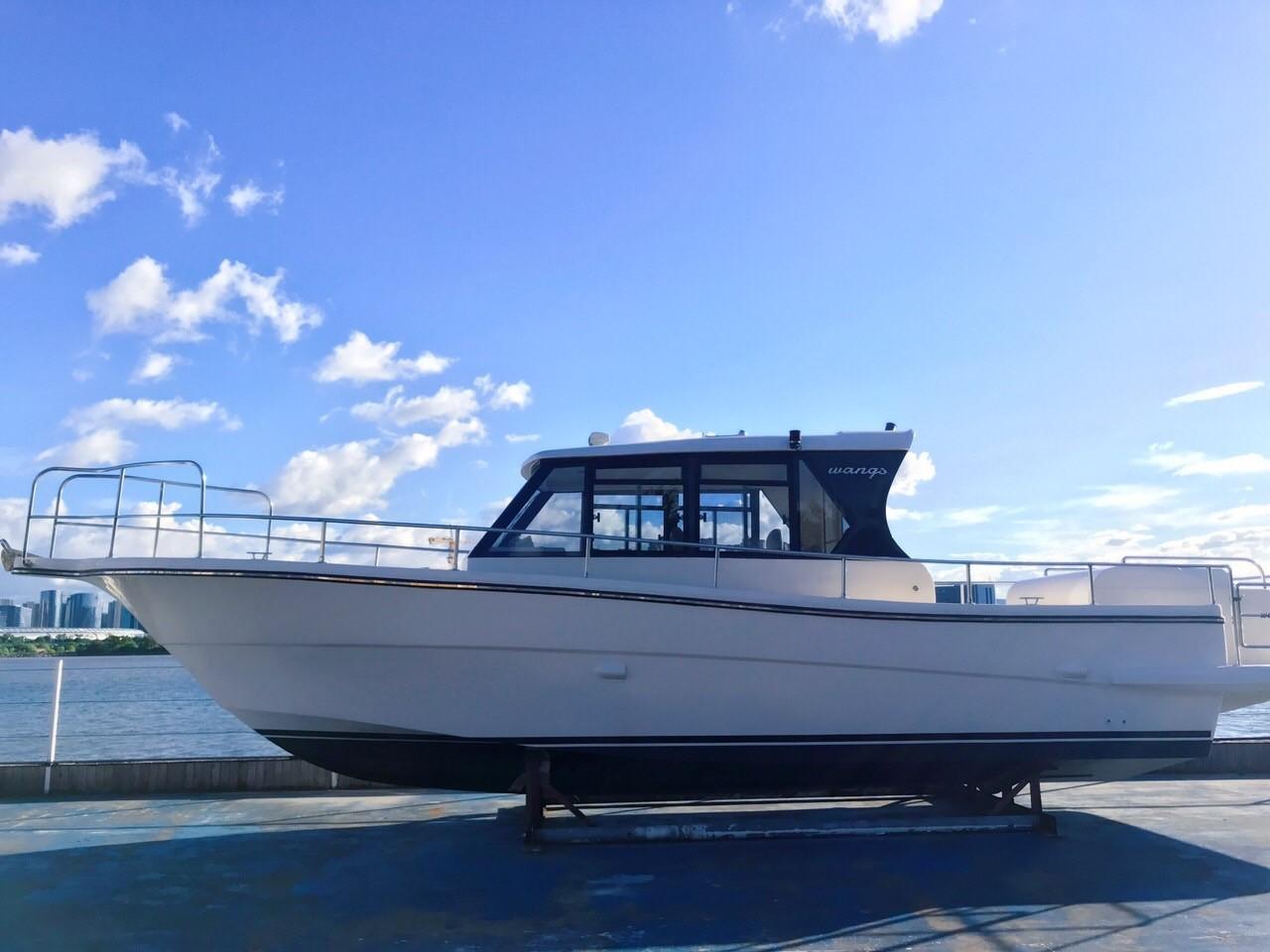 39呎游钓艇,SUZUKI\ 175HP 双机\四冲\液压方向,可选 IMG_0901.JPG