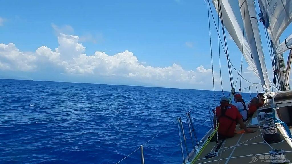 """315天,4万多海里,青岛姑娘把自己的环球航行写成一本""""奇幻漂流记""""!w6.jpg"""